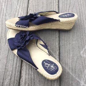 Life Stride navy blue floral espadrille sandals